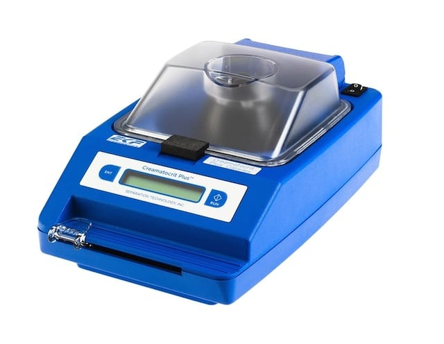 Creamatocrit Analyzer Equipped with Built-In Tube Reader