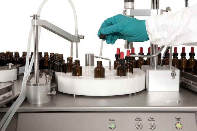Liquid Filling, Capping Machine Supports Small Batch Production