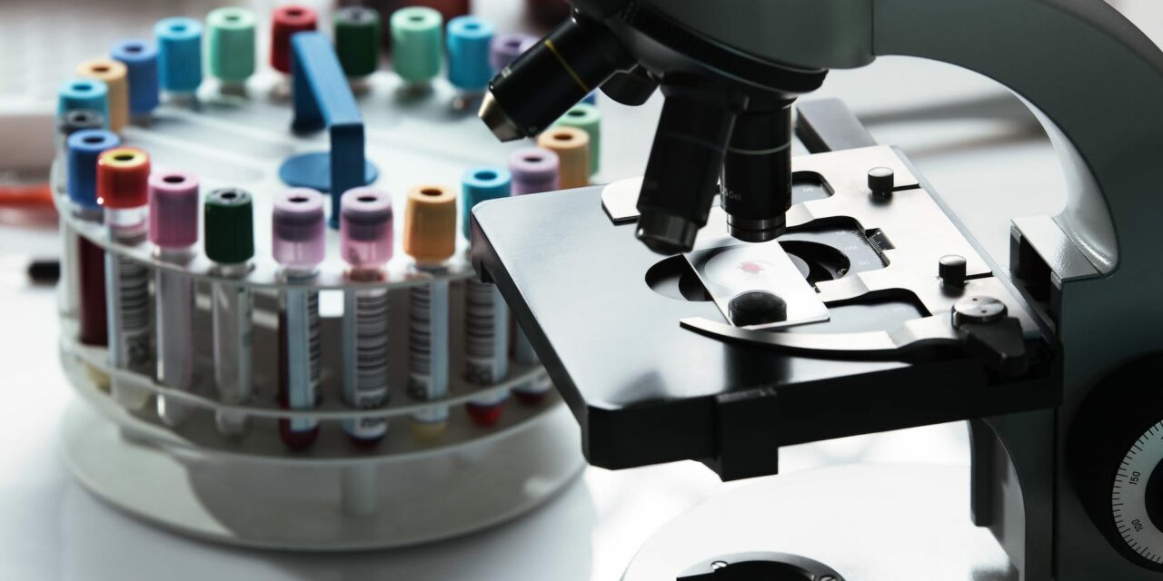 A Perfect Fit: Six Tips to Finding the Right High-Performance Clinical Lab Workstation